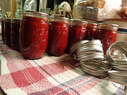 quince jam done